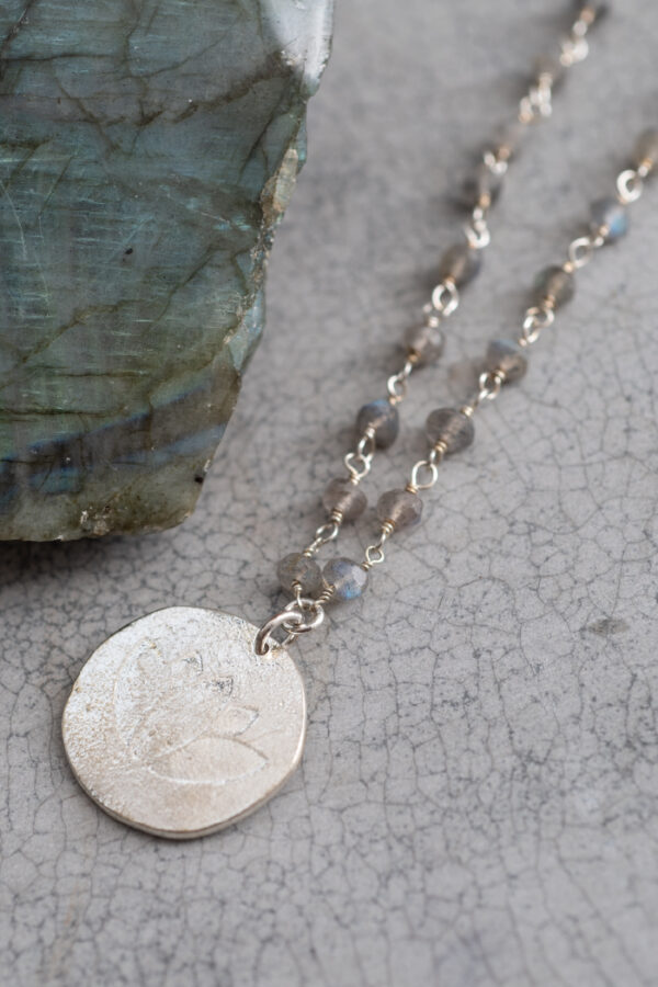 Ketting Rosary_A Beautiful Story_Labradorite zilver_steen
