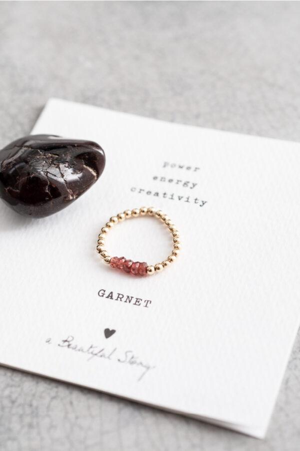 Ring A Beautiful Story_garnet gold_steen