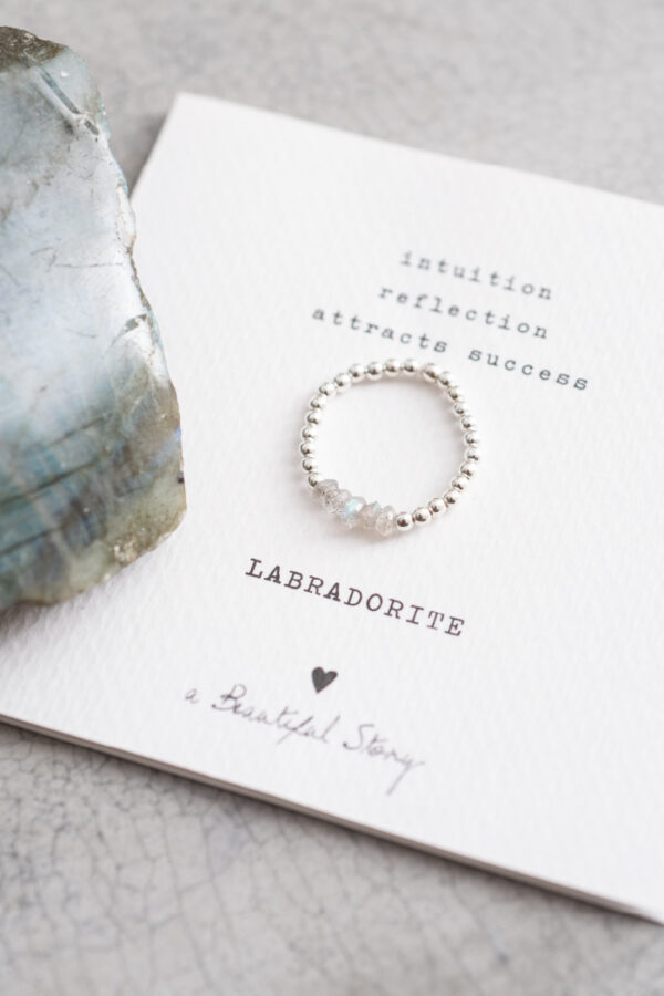 Ring A Beautiful Story_labradorite silver_steen
