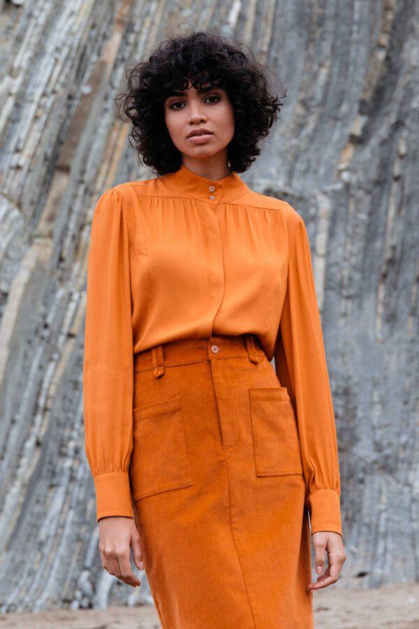 Blouse_Aizaro_SKFK_oranje_model