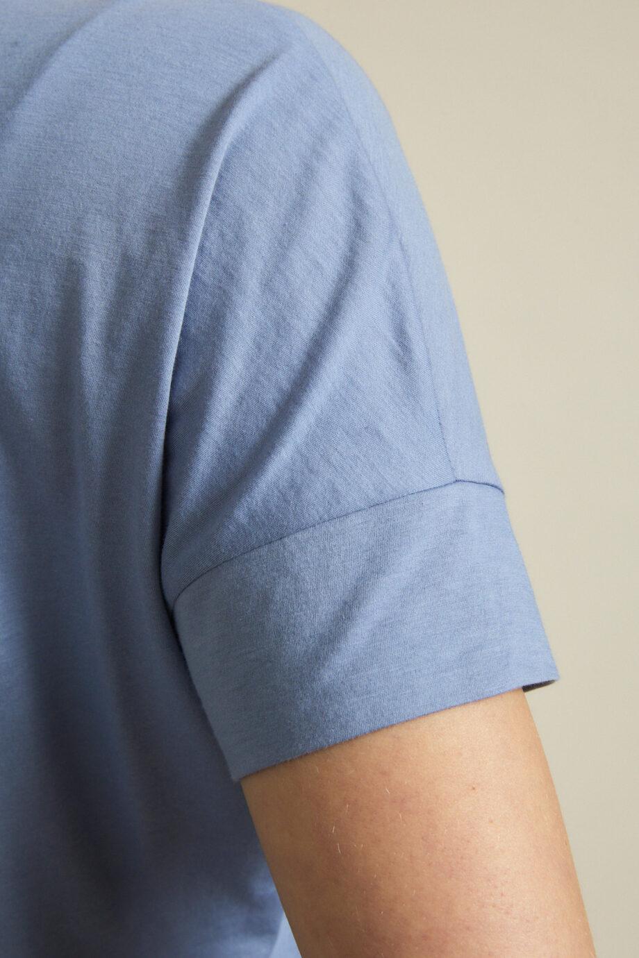 Lanius_Shirt Sky_lichtblauw_mouw
