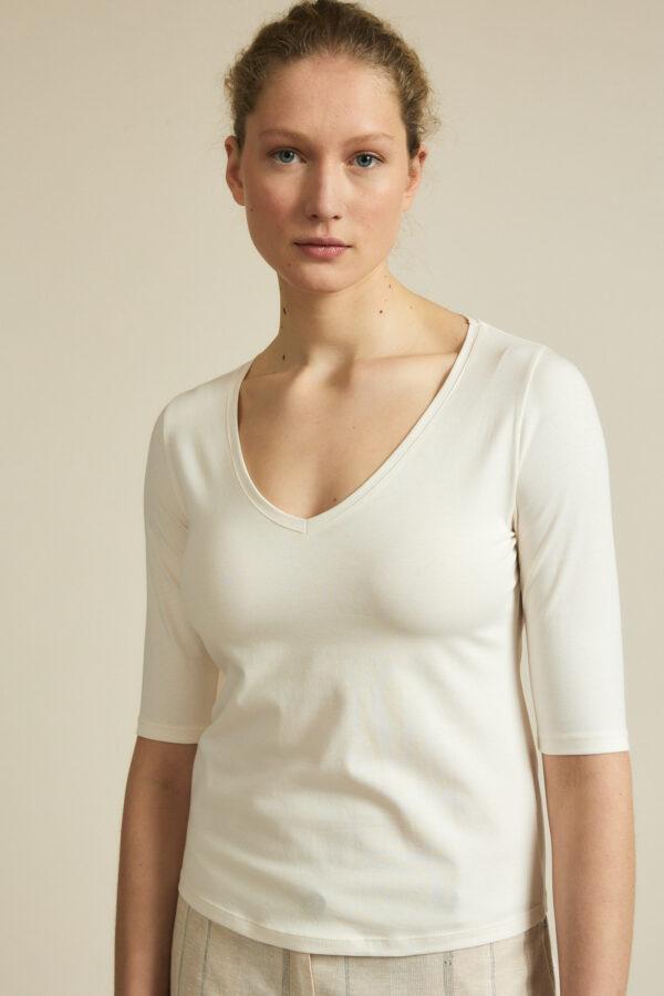 Lanius_T-shirt v-hals_creme wit_voor