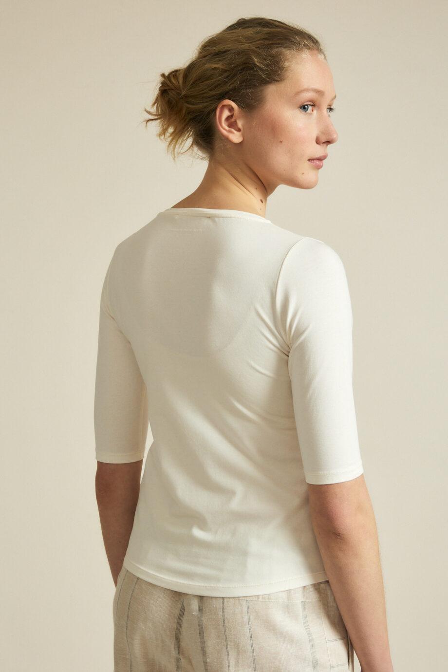 Lanius_T-shirt v-hals_creme wit_achter
