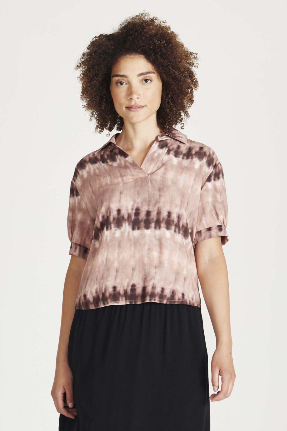 GIVN Melanie Tie Dye_model
