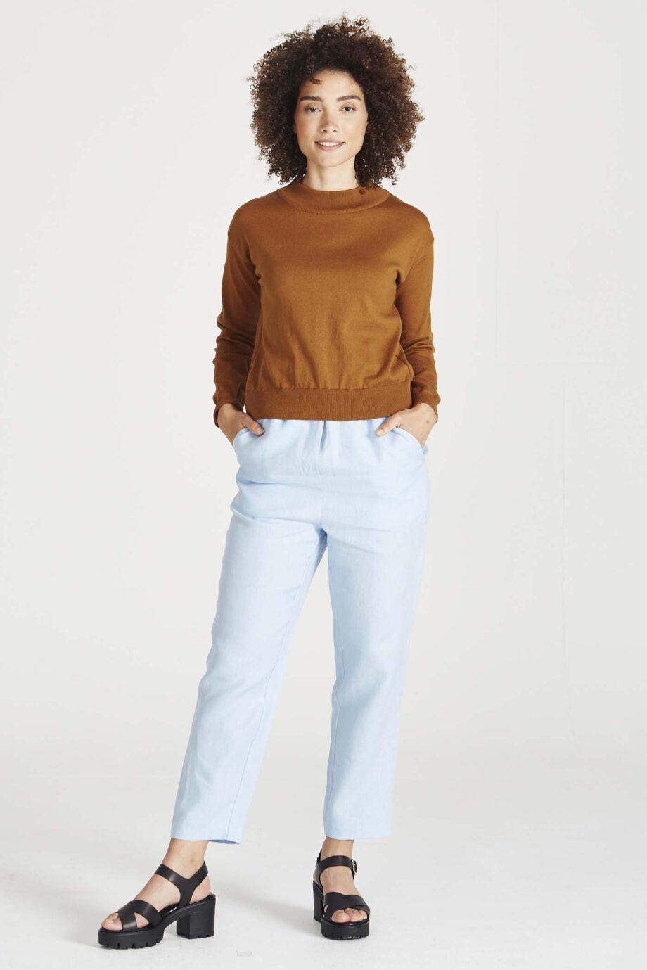 GIVN Sabrina Golden brown_model
