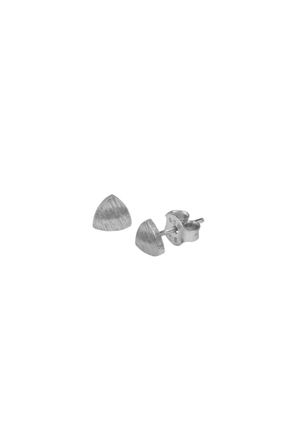 Duurzame sieraden_Protsaah Trillion Stud silver