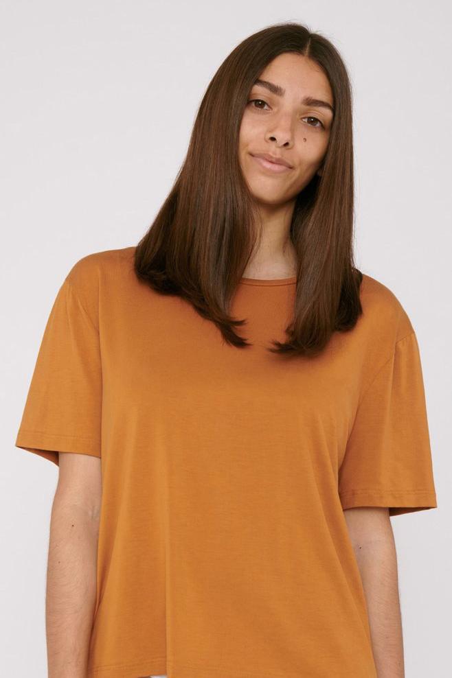 Organic Basics - T-shirt Tencel– geel_front
